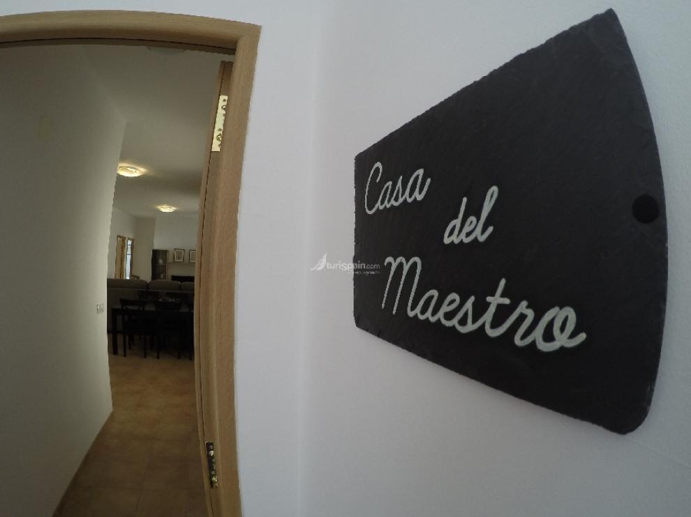 Apartamentos turísticos en la antigua casa del maestro de Vivel del Río Martín