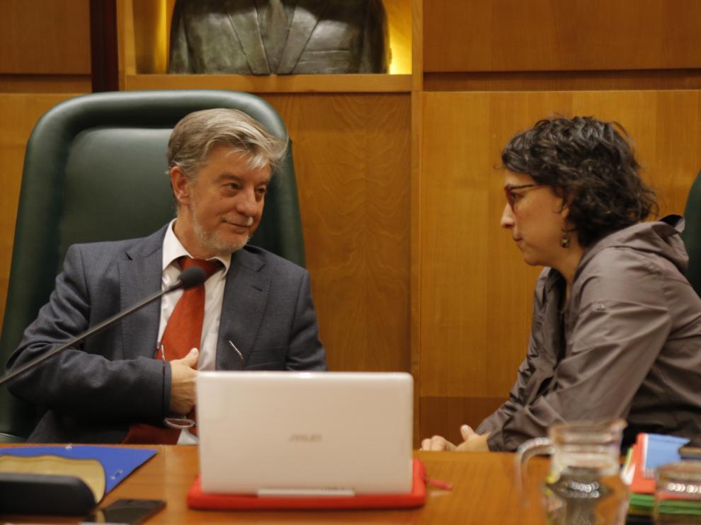 El alcalde Pedro Santisteve, este viernes en el pleno del  Ayuntamiento