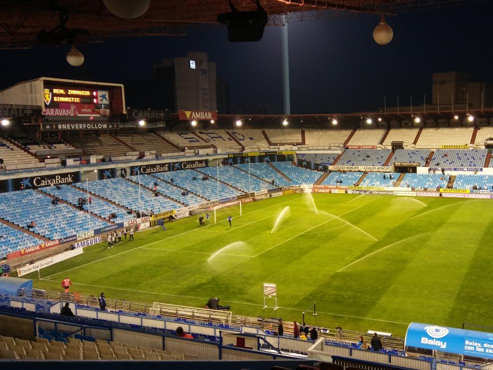 La Romareda, una hora antes del choque entre el Real Zaragoza y el Nástic de Tarragona