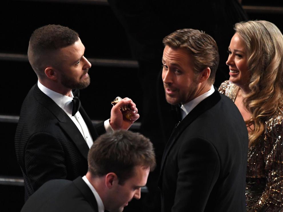 ¿Quién es la rubia que acompañó a Rosling en los Oscar