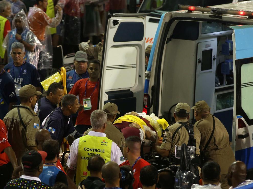 Los heridos fueron atendidos en el lugar del accidente.