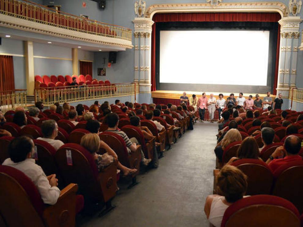 La comedia aragonesa inunda el Teatro Bellas Artes de Tarazona.
