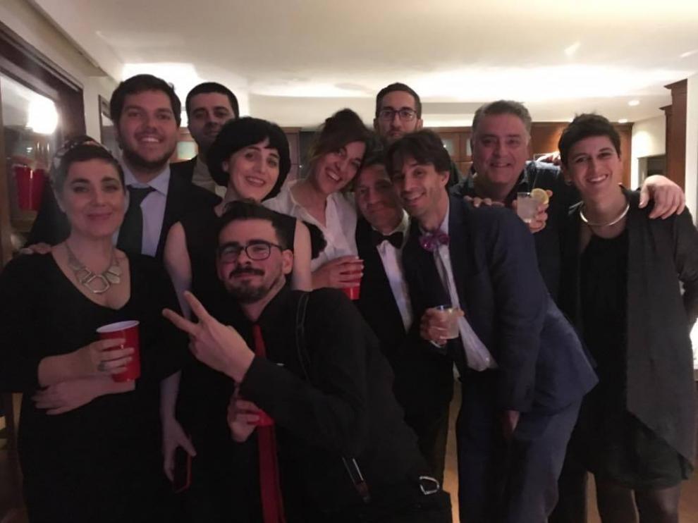 Laura Calavia, Iván Cester y el resto del equipo de 'Timecode' que viajó a Los Ángeles, la noche de la entrega de los Óscar, el pasado domingo.