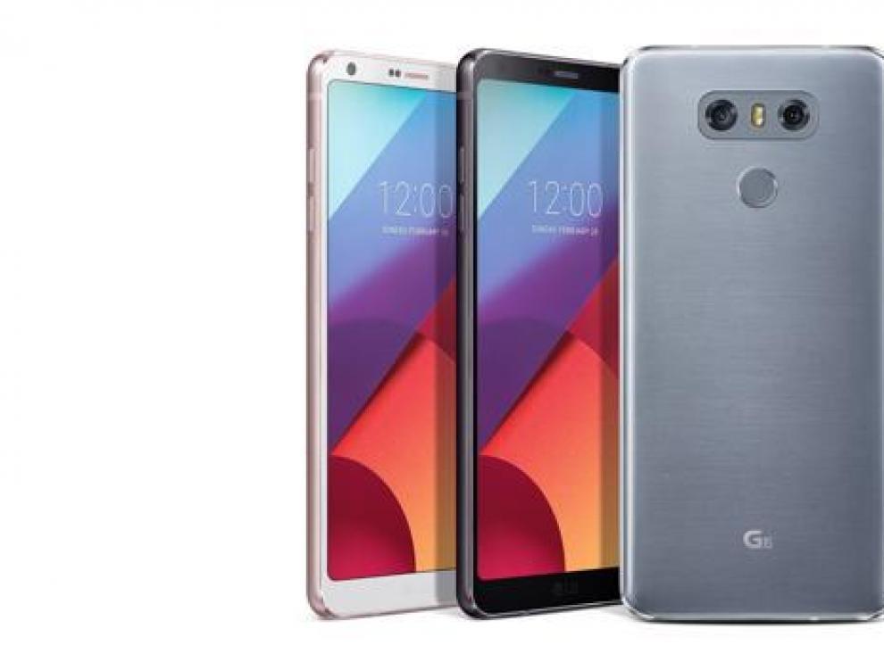 LG G6. Todo pantalla y doble cámara. Con el G6, LGrectifica tras el escaso éxito cosechado con su teléfono modular. Con cristal delante y detrás, tiene un diseño muy elegante y la pantalla Quad HD ocupa el 84% del frontal.