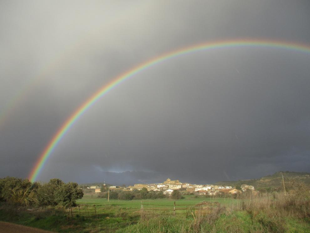 Arcoíris en Biscarrués