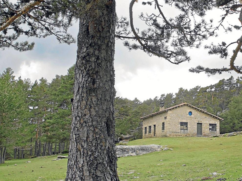 El refugio de Bocalprado, sin uso desde hace tiempo, volverá a abrir sus puertas este verano