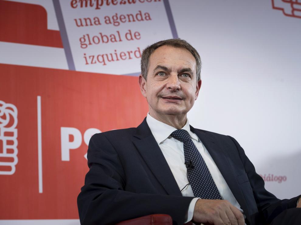 El expresidente José Luis Rodríguez Zapatero durante la conferencia del PSOE organizada este martes en el Círculo de Bellas Artes de Madrid.