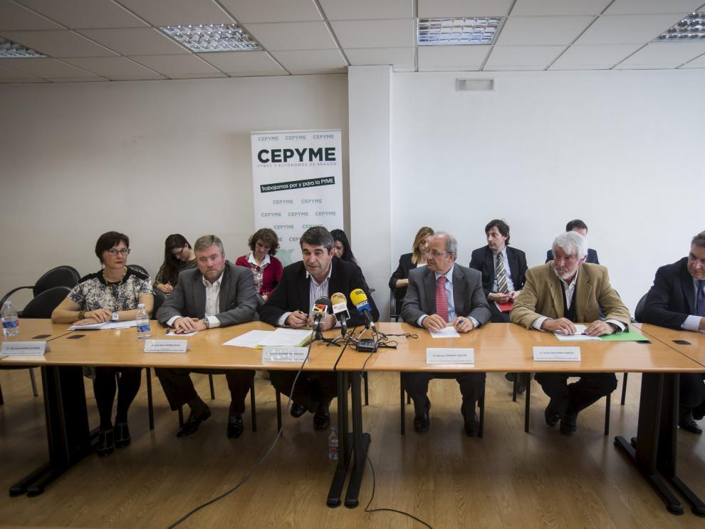 Representantes de la Federación de Polígonos Empresariales de Aragón (Fepea).