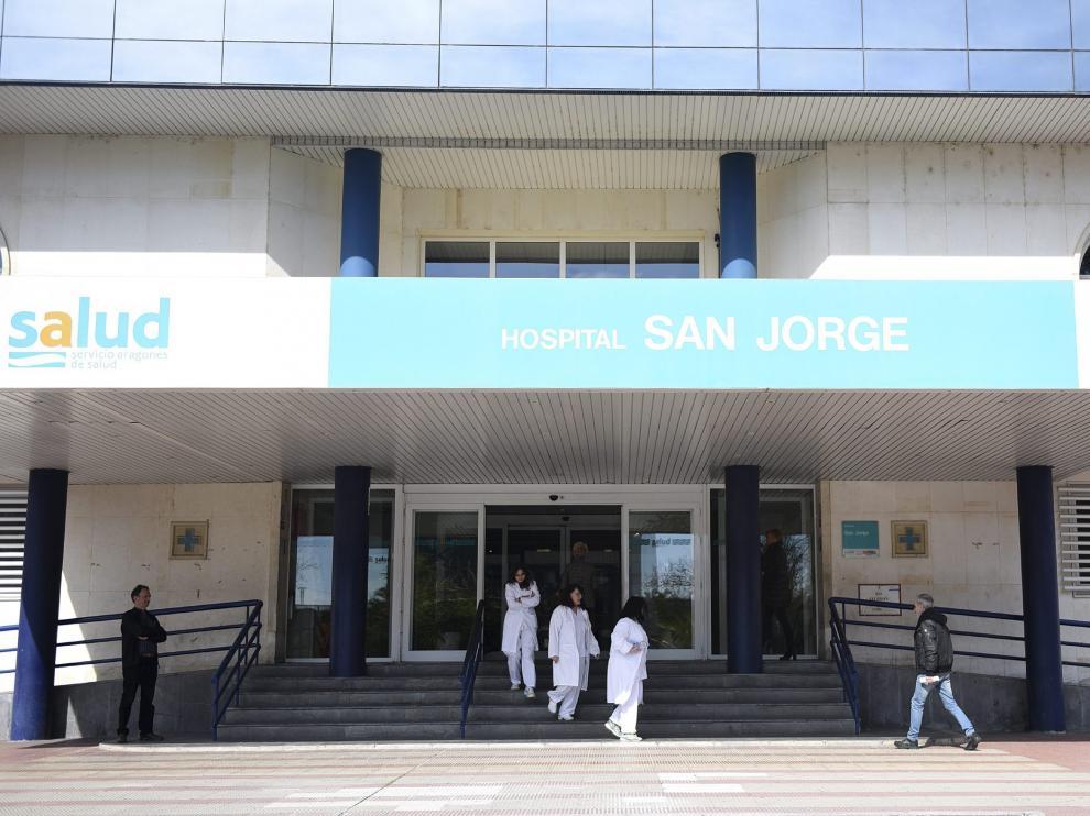 El hospital San Jorge lleva casi 20 años reclamando un equipo de resonancia magnética.