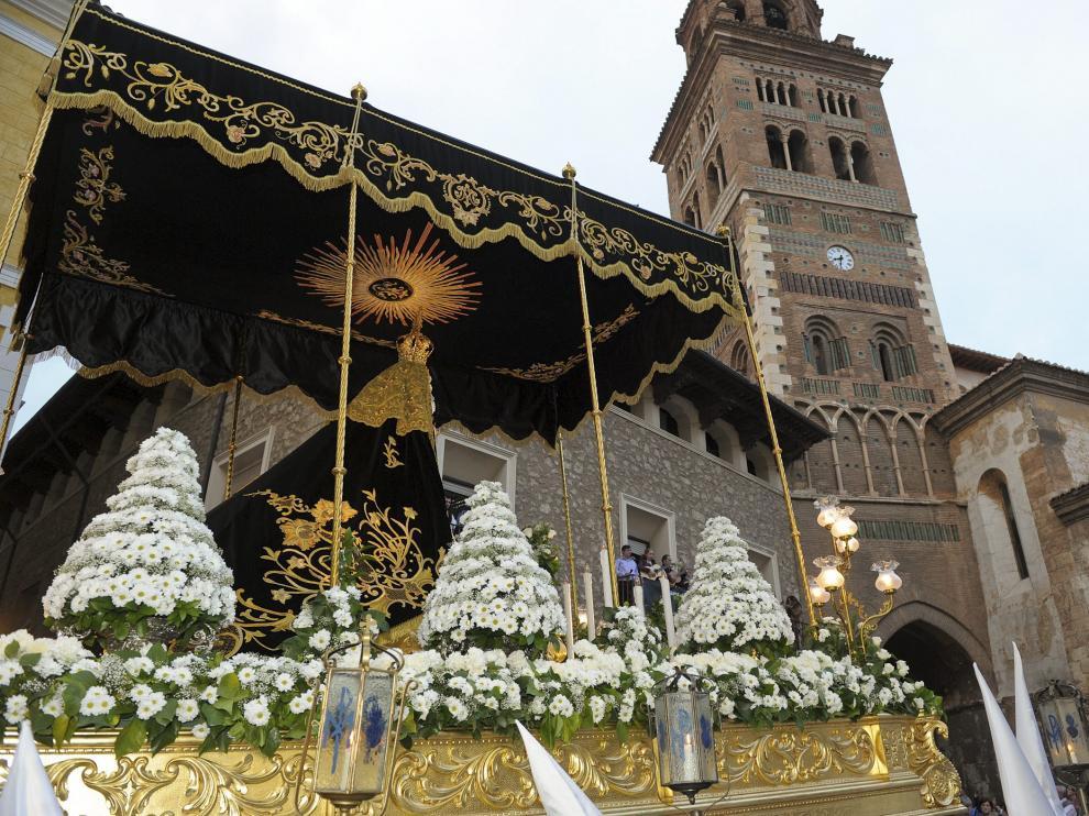 Paso de Nuestra Señora de la Soledad.