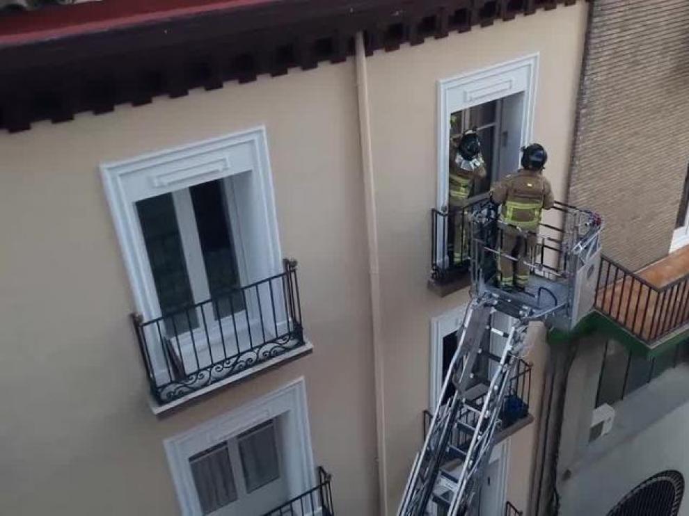 Uno de los servicios que los Bomberos realizaron recientemente en Zaragoza.
