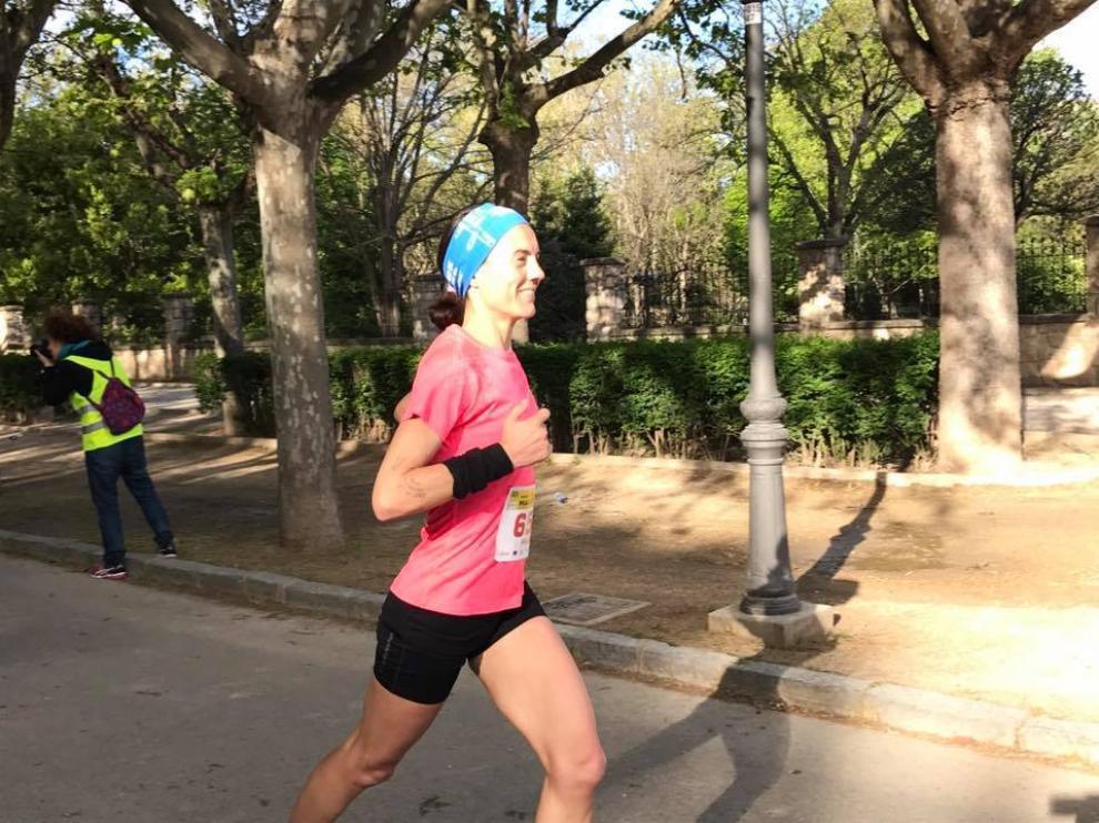 Corriendo por el Parque Grande, kilómetro 20 de la maratón.