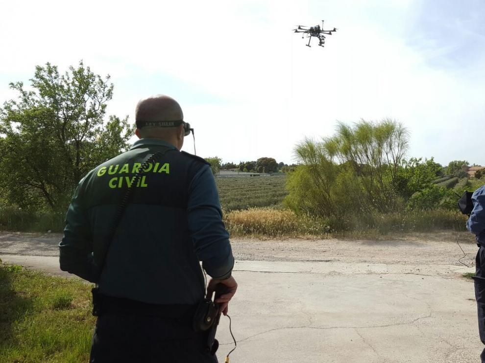La Guardia Civil busca al desaparecido en Garrapinillos