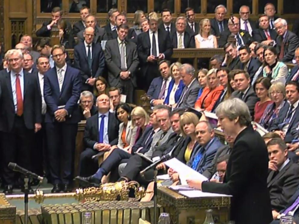 La Cámara de los Comunes británica ha aprobado este miércoles la celebración de elecciones generales anticipadas el próximo 8 de junio.