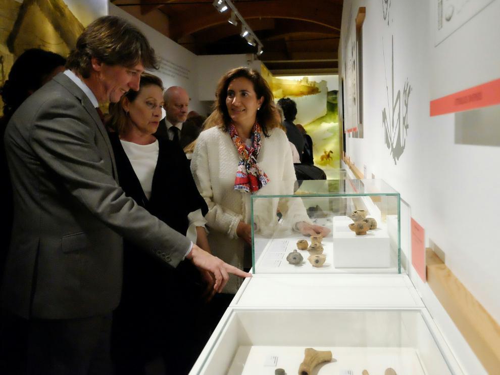 El acto inaugural estuvo presidido porla consejera de Cultura y Turismo, María Josefa García Cirac, y el director de la Oficina de Cultura y Turismo de la Comunidad de Madrid, Jaime de los Santos, y contó con la presencia del alcalde de Soria, Carlos Martínez.