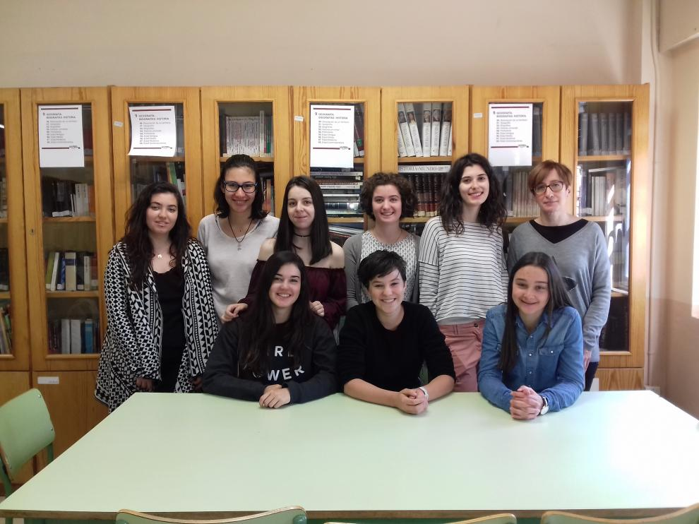 Alumnas aragonesas y francesas de intercambio, en el IES Tiempos Modernos.