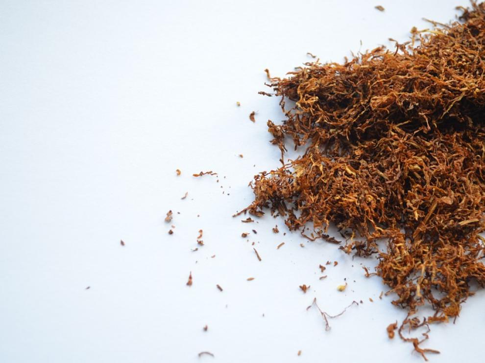 El uso de cigarrillos de tabaco tiene consecuencias dañinas en todo el cuerpo.