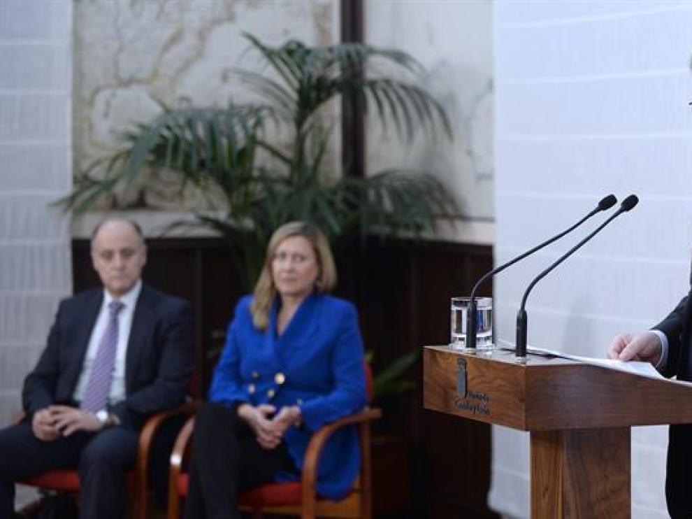 El presidente de Castilla y León, Juan Vicente Herrera, presenta el proyecto de ley de Presupuestos de la Comunidad de 2017, el más tardío de los elaborados en sus años de gobierno