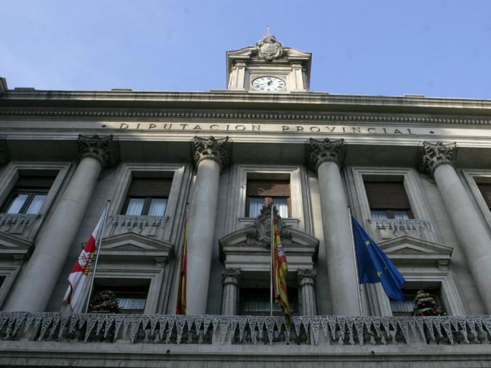Sede de la DPZ en la plaza de España de Zaragoza.