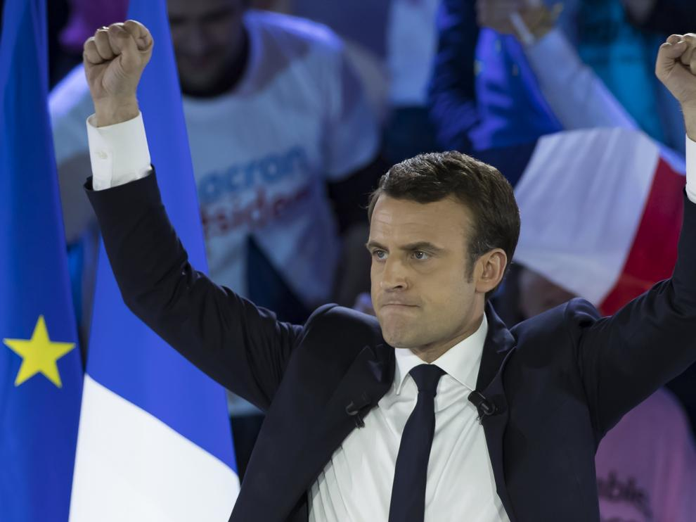 Macron durante un acto electoral celebrado este lunes en París.