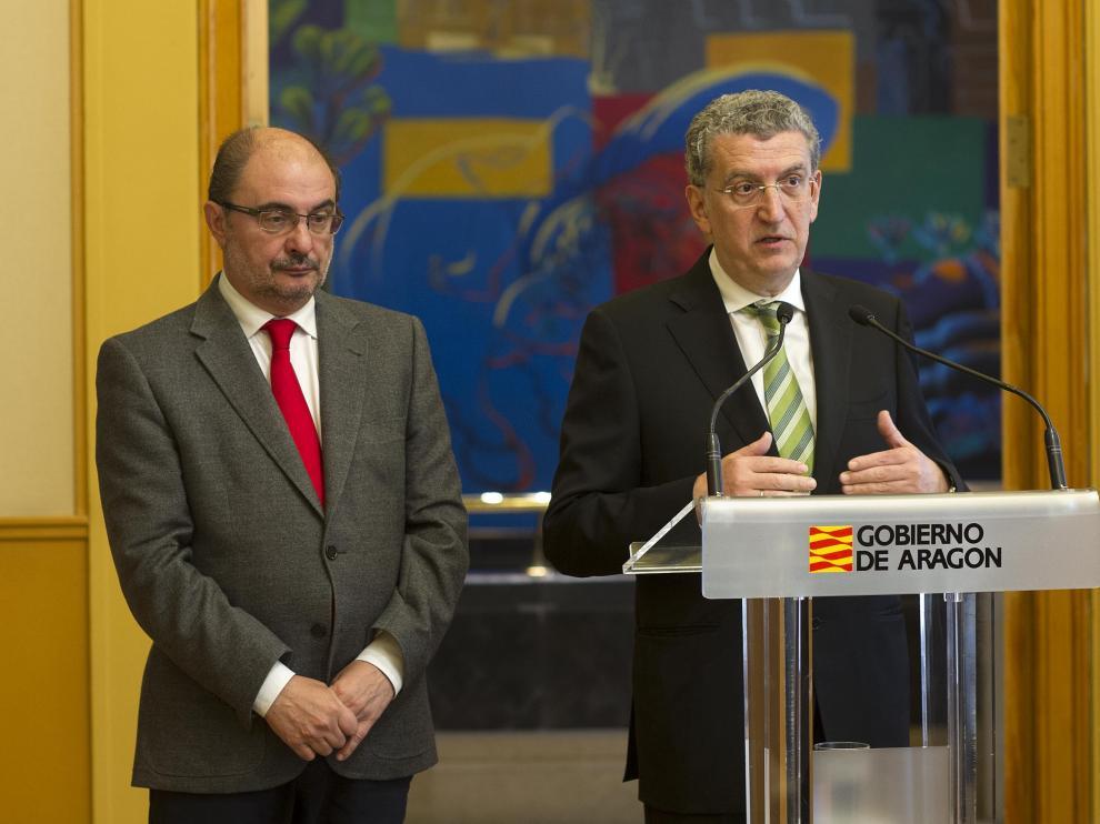 Firma del Convenio entre el Gobierno de Aragón y la Fundación Amancio Ortega.