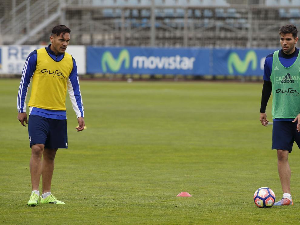 Marcelo Silva y Cabrera se entrenaron ayer con el grupo e incluso pudieron golpear la pelota.
