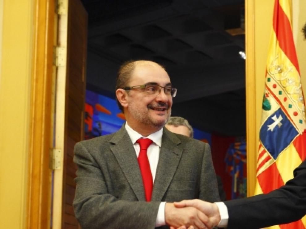 Firma del protocolo entre el Gobierno de Aragón y la Fundación Amancio Ortega.