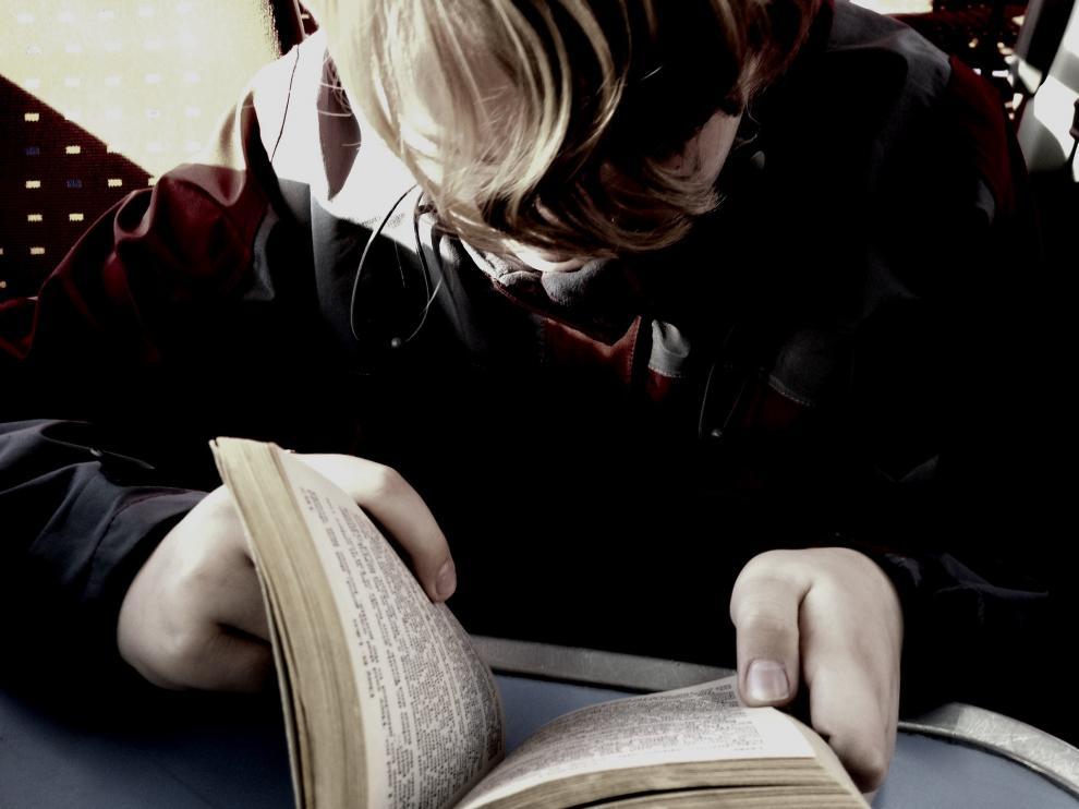El Gobierno quiere implantar una hora diaria de lectura en los colegios
