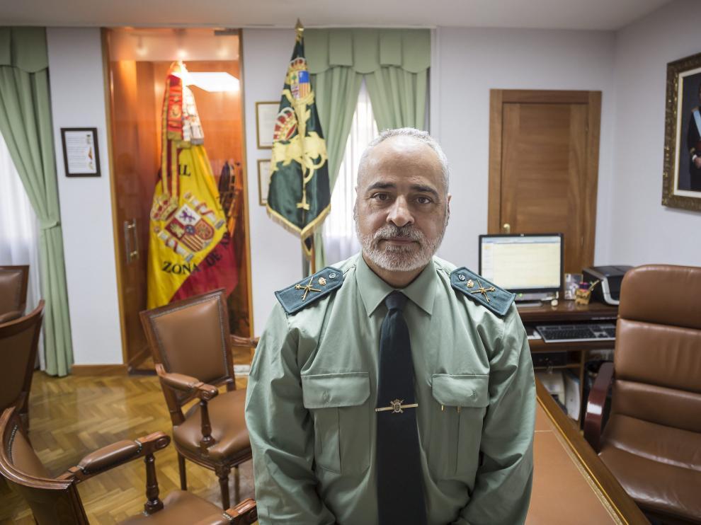 El general Carlos Crespo, nuevo jefe de la VIIIZona de Aragón, esta semana en su despacho de la Comandancia de Zaragoza.