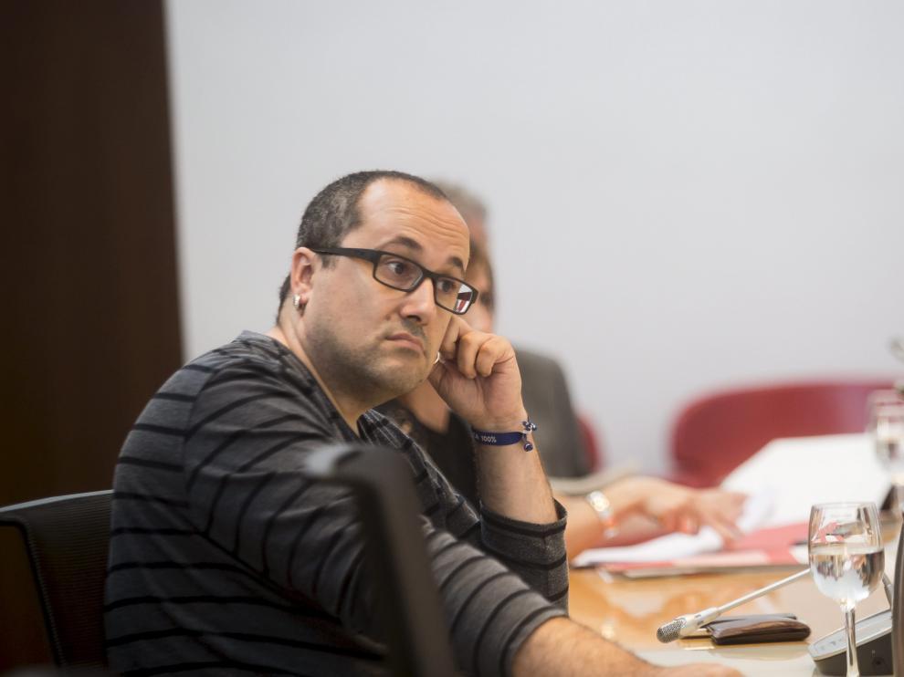 El consejero municipal de Servicios Públicos y Personal del Ayuntamiento de Zaragoza, Alberto Cubero, ha indicado que estudiará recurrir la sentencia.