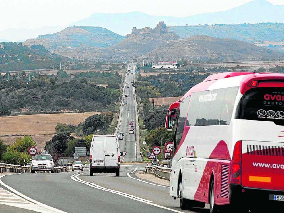 El tramo Huesca-Siétamo, el único sin desdoblar de en la A-22, soporta 12.000 vehículos diarios.