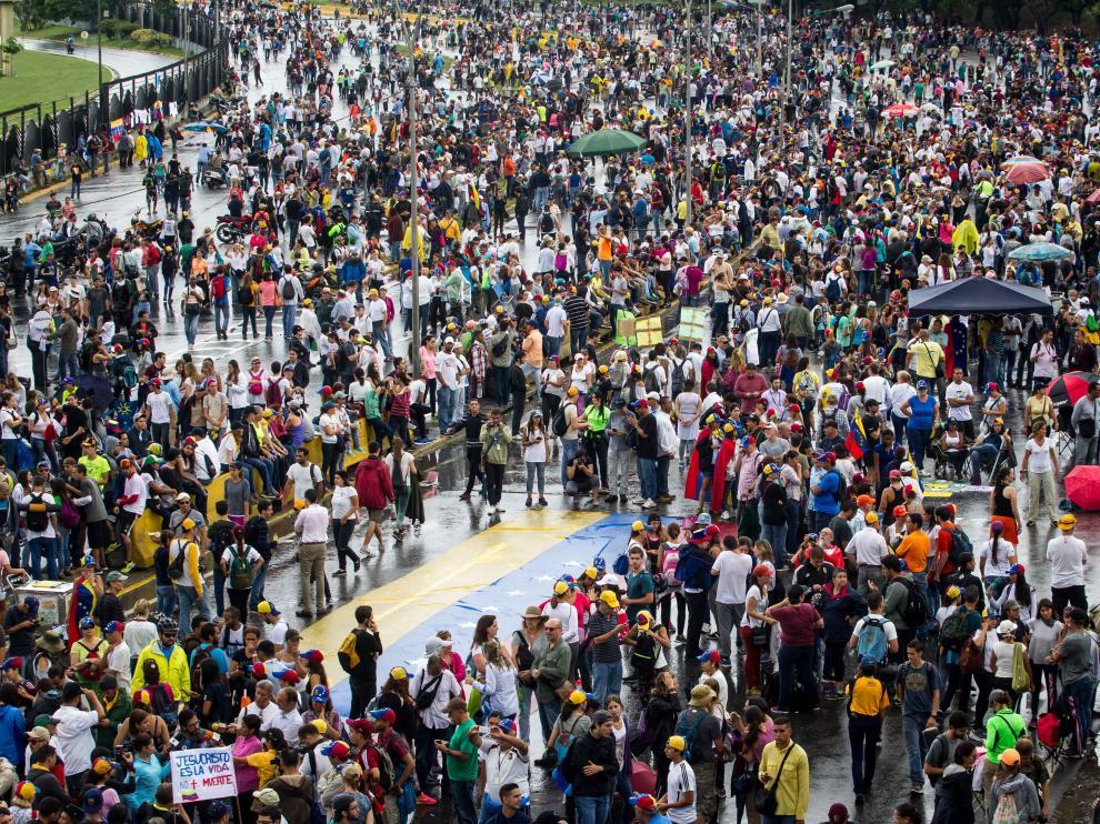 Venezuela, un país dividido en dos bandos