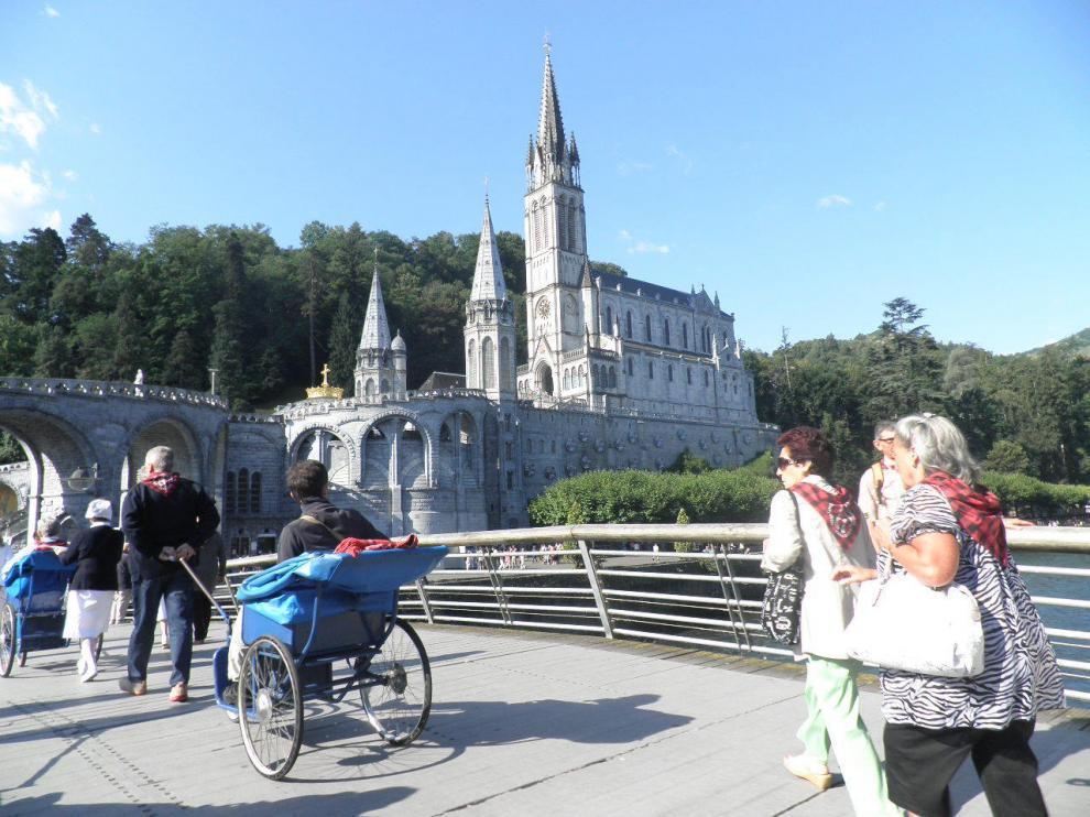 24 años acercando a los enfermos aragoneses a Lourdes