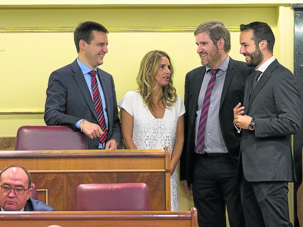 Los diputados del PSOE Oscar Galeano, Susana Sumelzo, Ignacio Urquizu y Gonzalo Palacín.