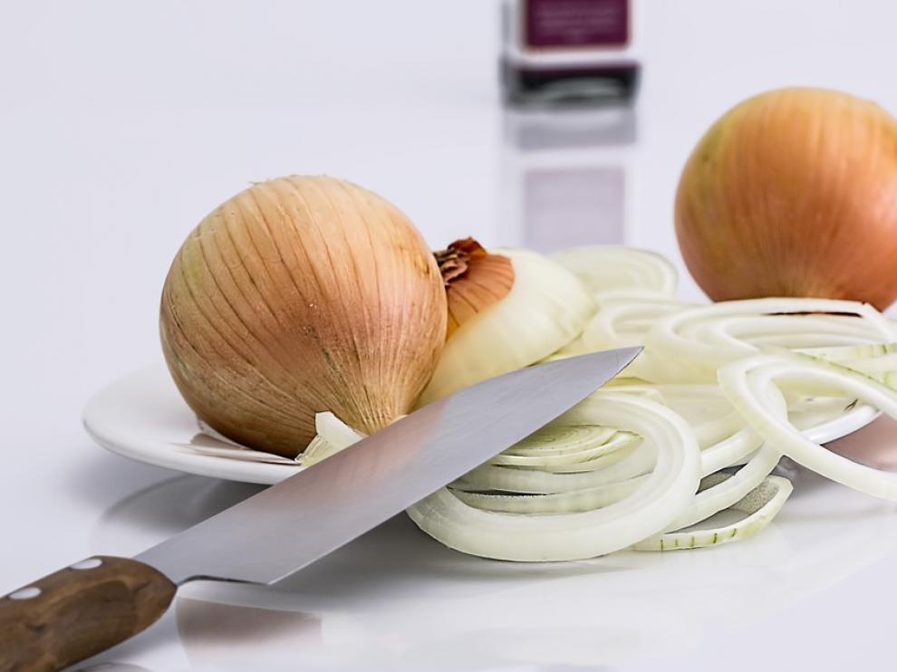 El ácido sulfénico es el responsable de las lágrimas que se nos caen al cortar cebolla.