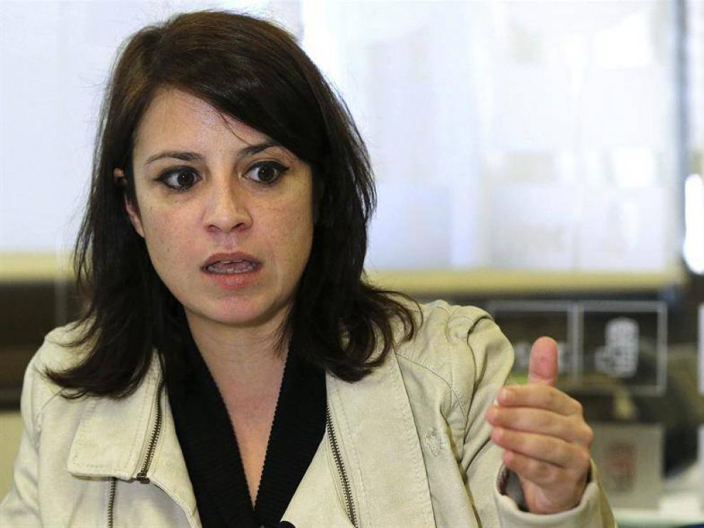 La portavoz de la candidatura de Sánchez a las primarias, Adriana Lastra.
