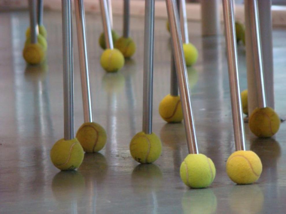 La biblioteca de la Facultad de Ciencias evita el ruido... con pelotas