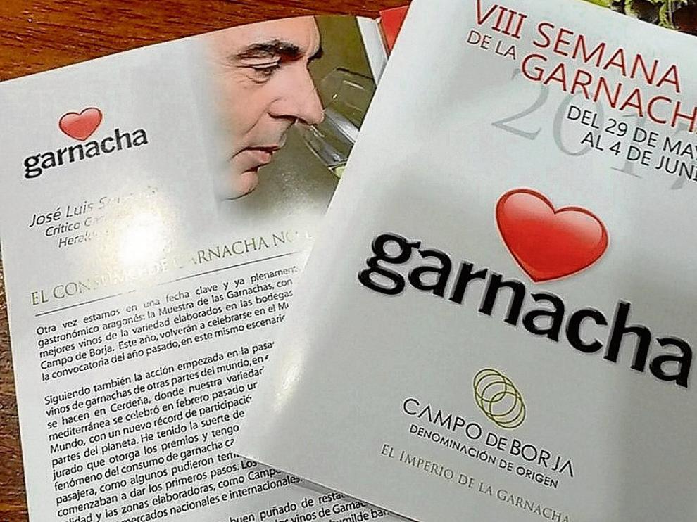 Dípticos para los clientes de los restaurantes que participan en la Semana de la Garnacha.