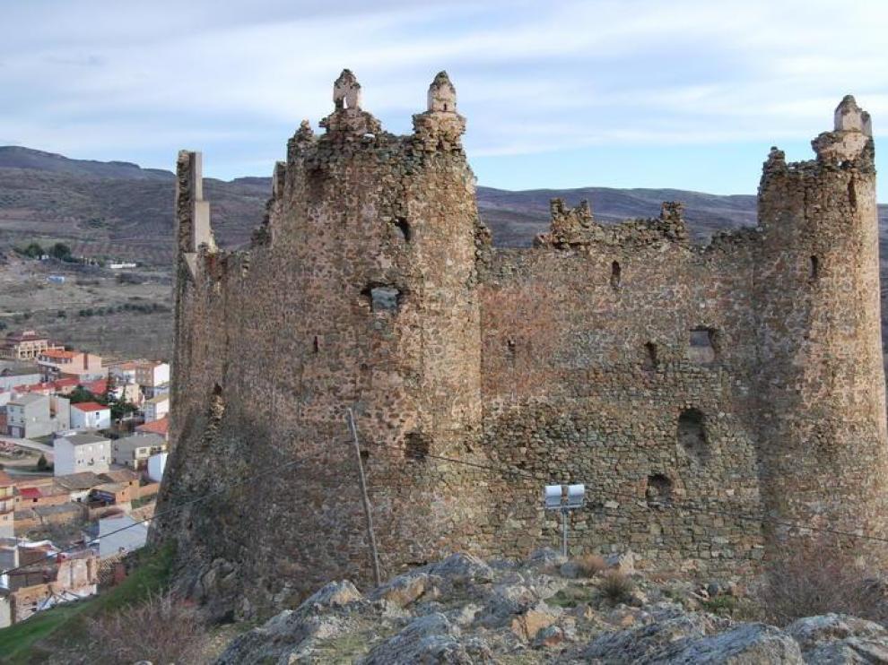Restos del castillo de Jarque de Moncayo.