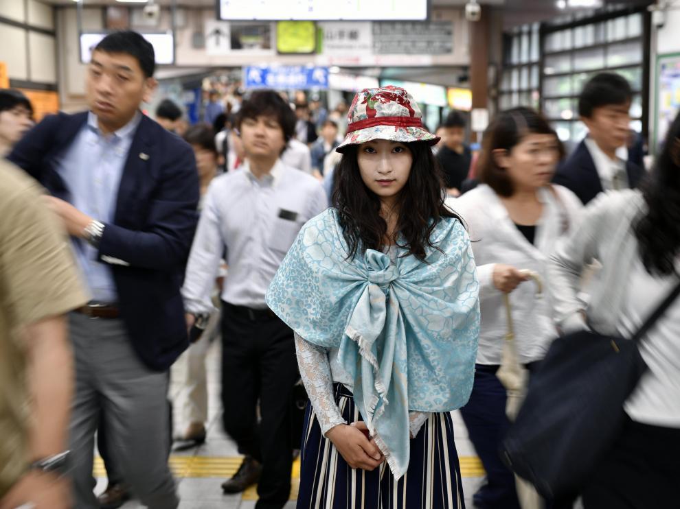 Aroma Kurumin cayó una red de engaños y coacciones que arrastra en Japón a miles de jóvenes a participar en filmes X cada año.