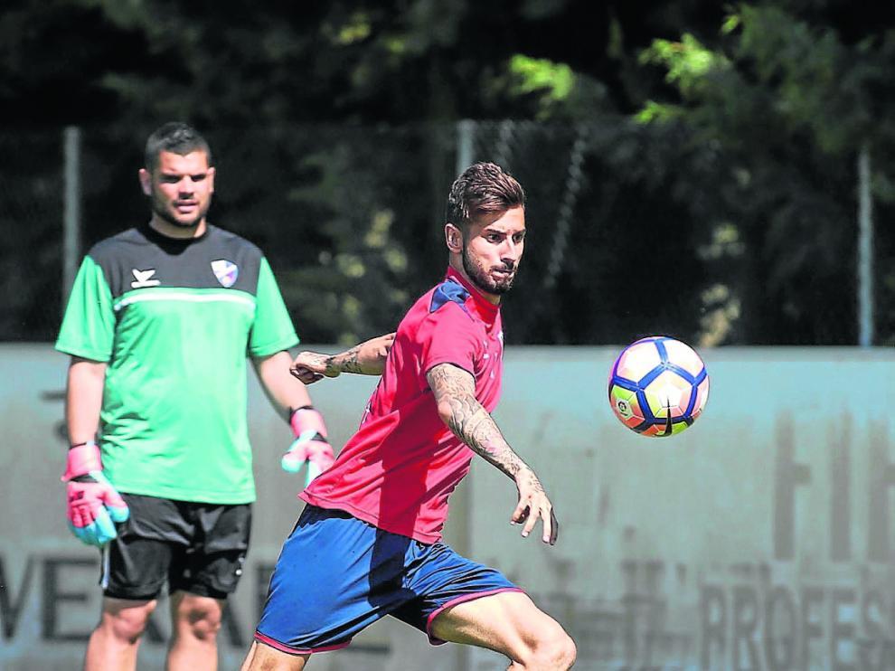 El extremo Álvaro Vadillo, en imagen ayer en el IESPirámide, puede regresar al once inicial.