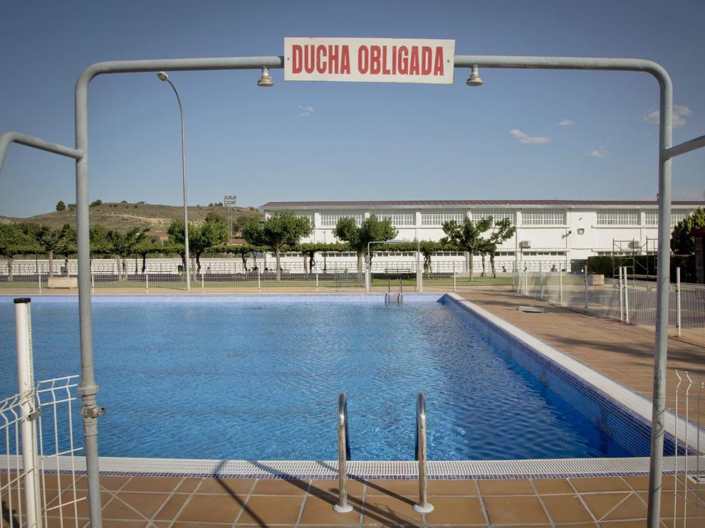 La piscina de Calatayud ya está lista para recibir la próxima semana a los bañistas.