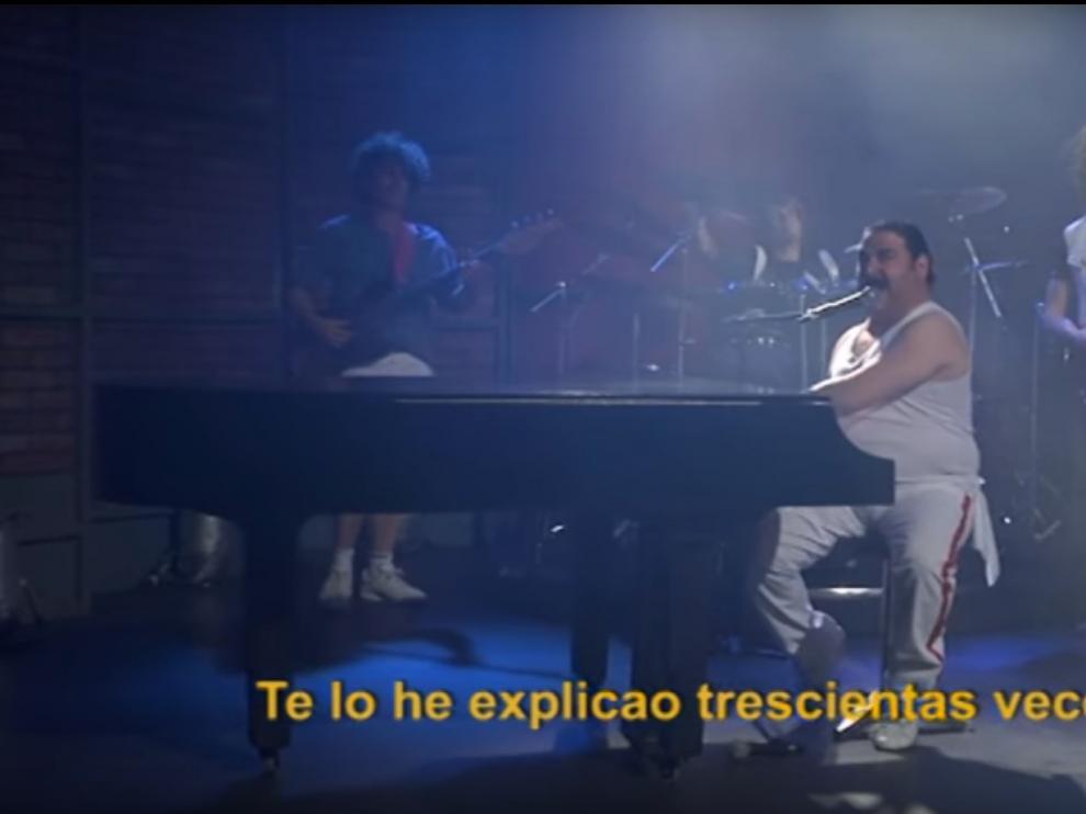Imagen de una parodia musical de 'Oregón TV' sobre Queen y la tecnología.