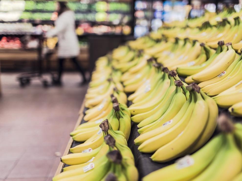 Conseguir recortar en la cesta de la compra puede suponer un 'buen pico' todos los meses.