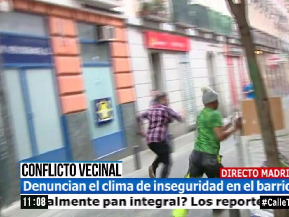 Un reportero del Programa de Ana Rosa es agredido en directo.