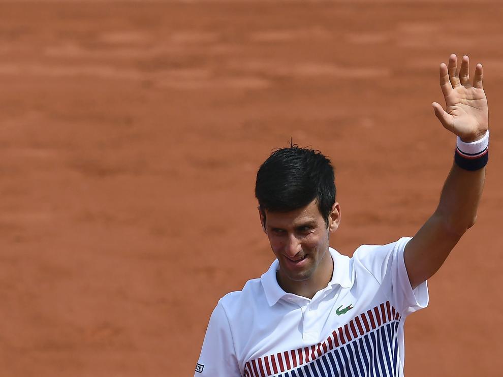El jugador serbio Novak Djokovic derrota al español Marcel Granollers en el Grand Slam de París.