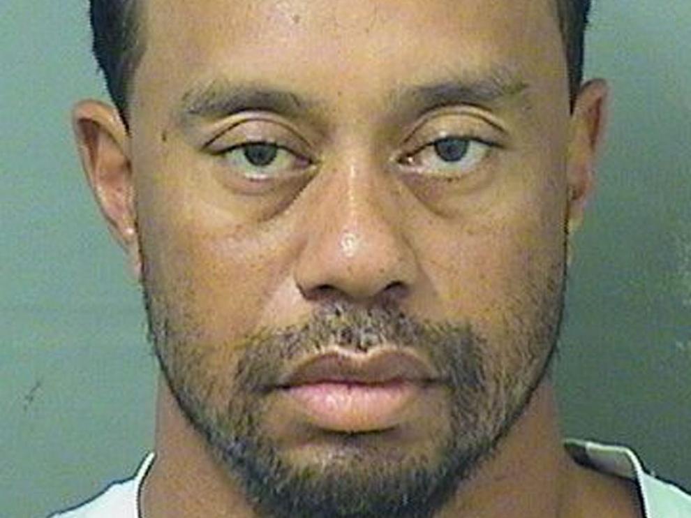 Foto policial de Tiger Woods.