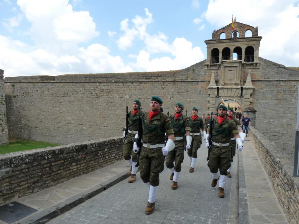 Parada militar en la Ciudadela de Jaca