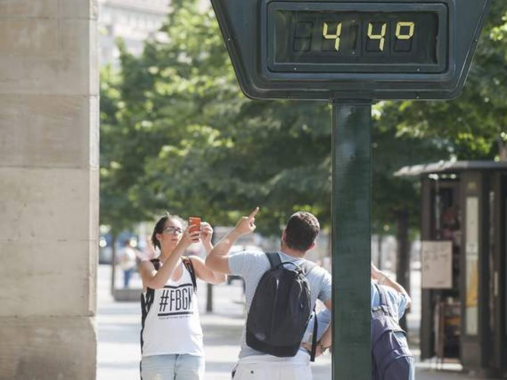Zaragoza es la capital aragonesa más calurosa: su récord de temperatura está en 44,5 grados y se alcanzó en 2015.