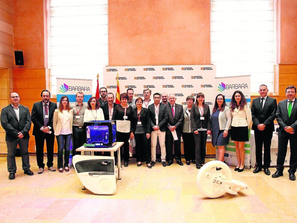 Miembros del equipo del Proyecto Bárbara durante su presentación en Zaragoza.